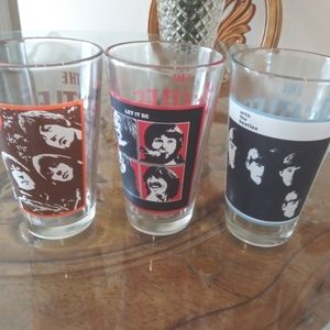 Beatles collector's 2009 Apple Corps 16 oz glasses